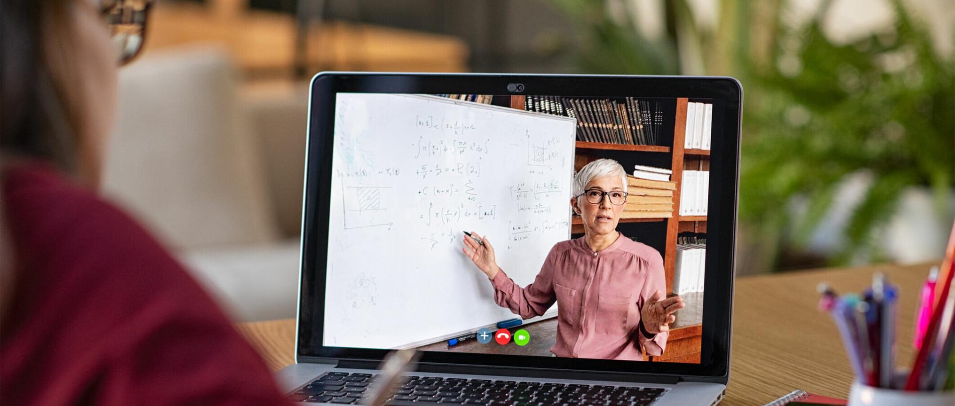 attending online lesson on Apple MakBook Pro